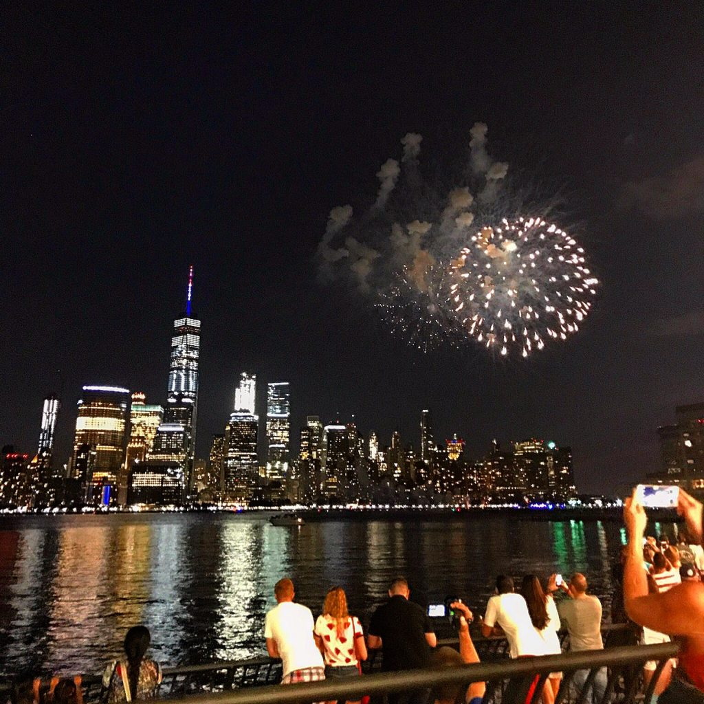 jersey city exchange place fireworks 4th of july